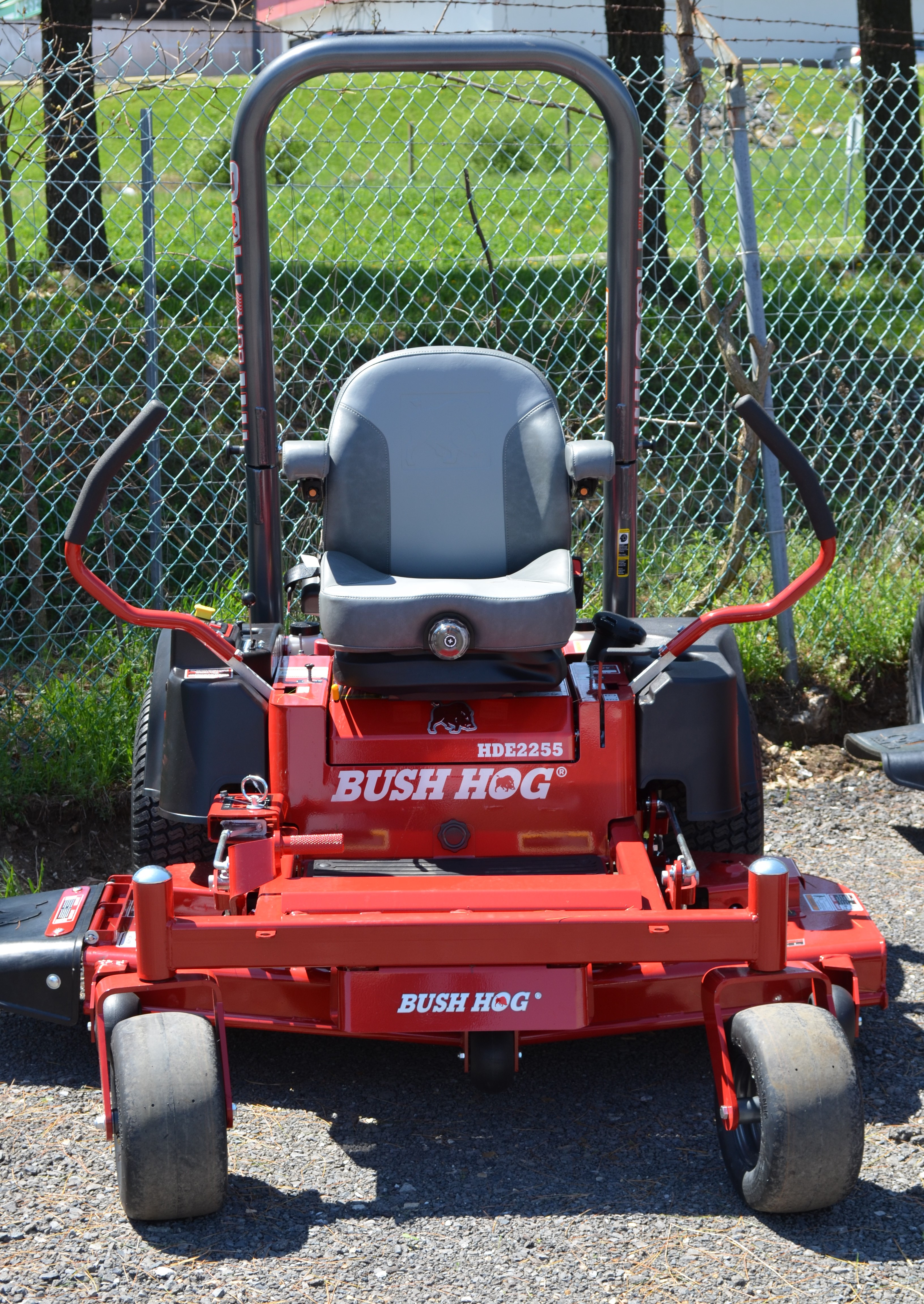 Bush Hog HDE-2255 Zero Turn Mower Image