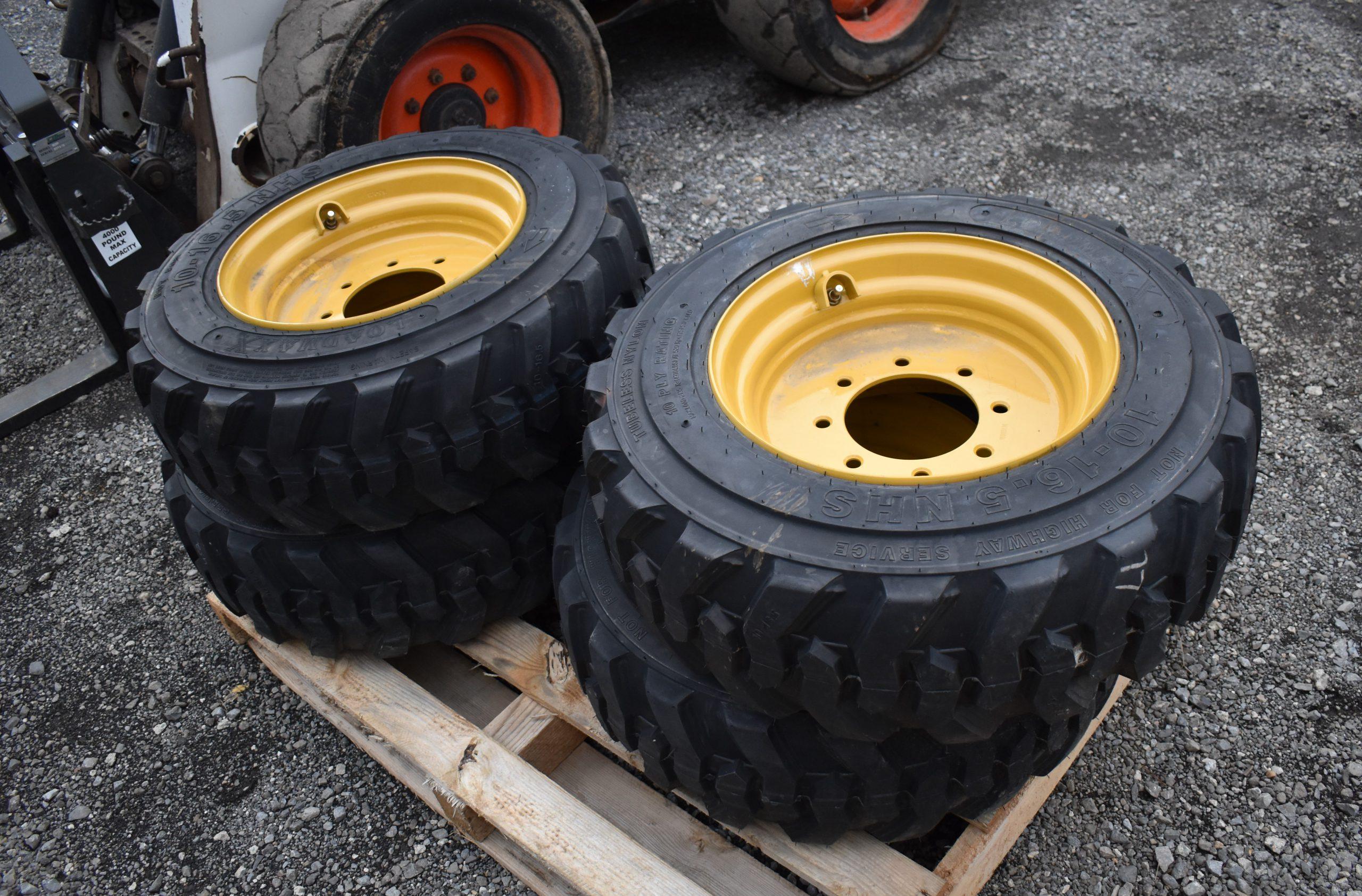 Skidloader Tires Image