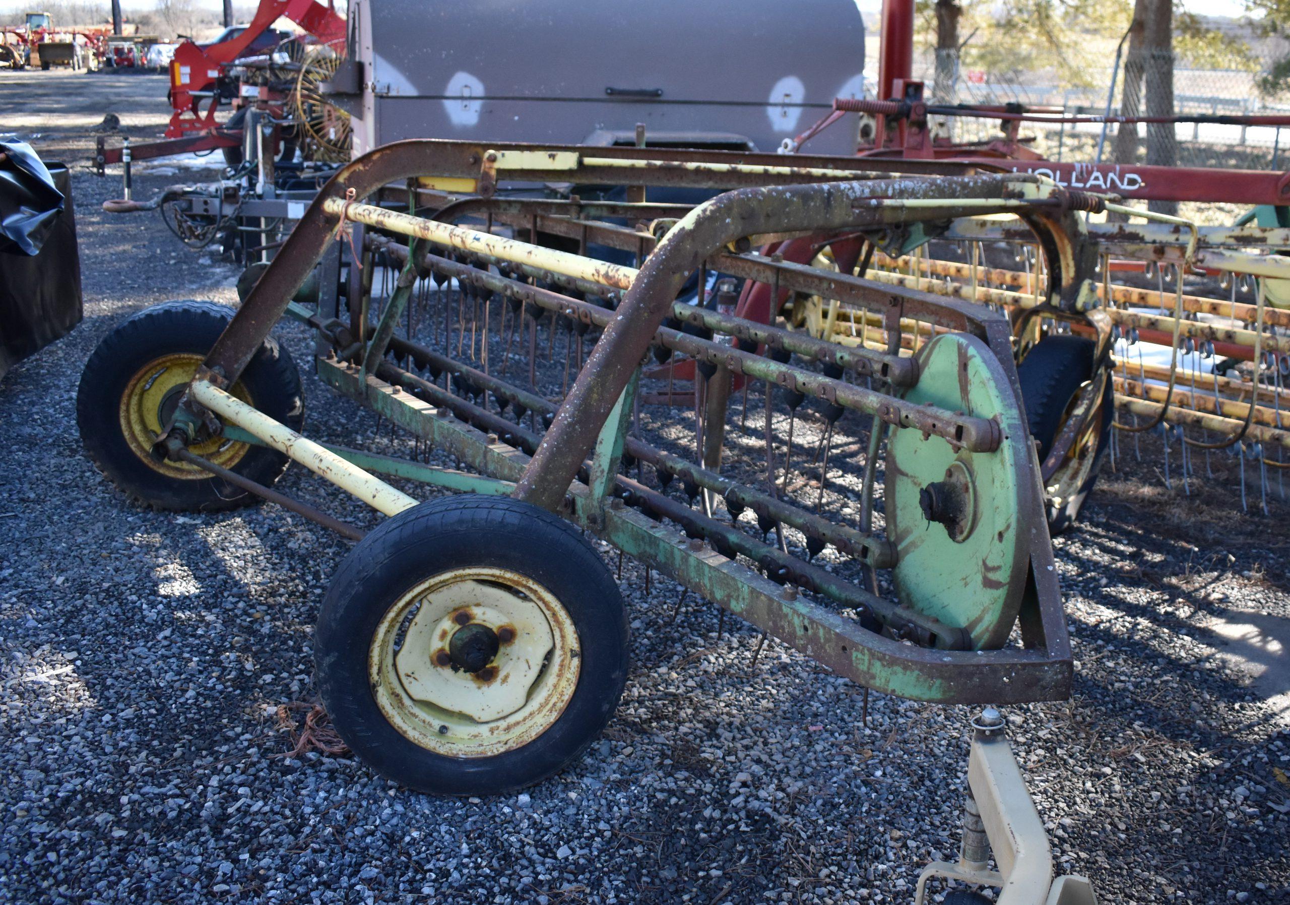 John Deere Rake w/ Dolly Image