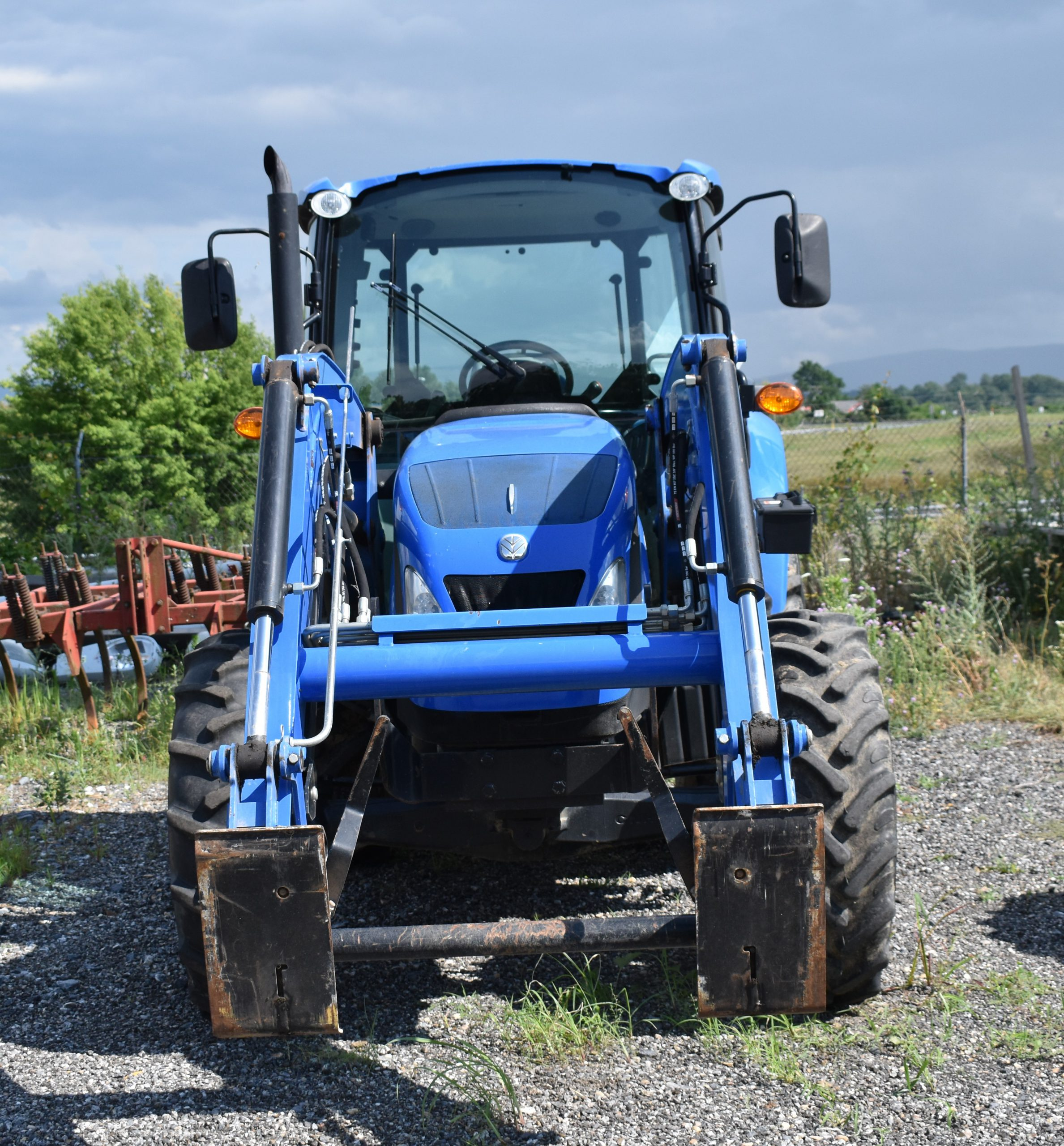 New Holland T4.75 Image