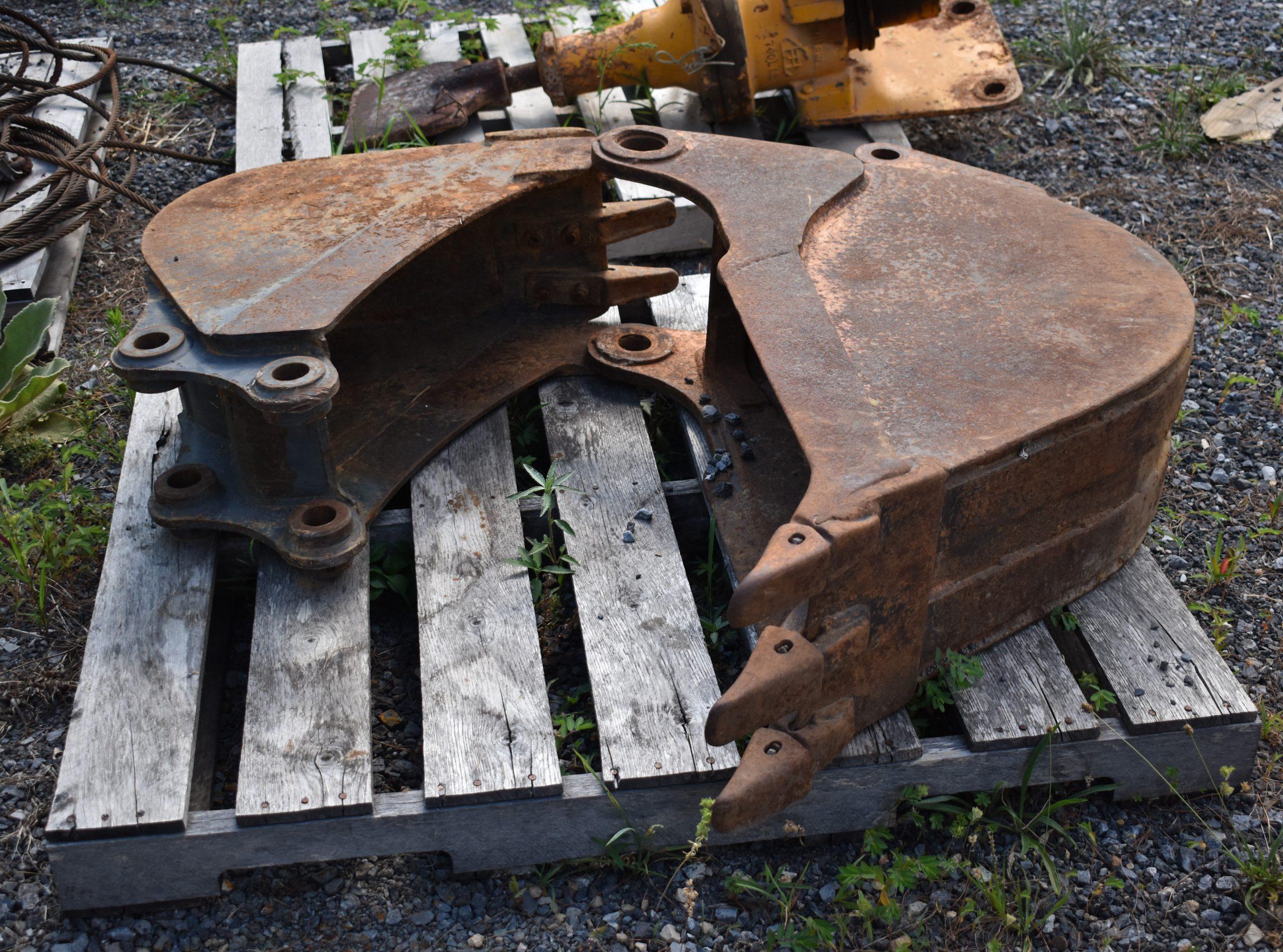 Backhoe and Mini Excavator Buckets Image