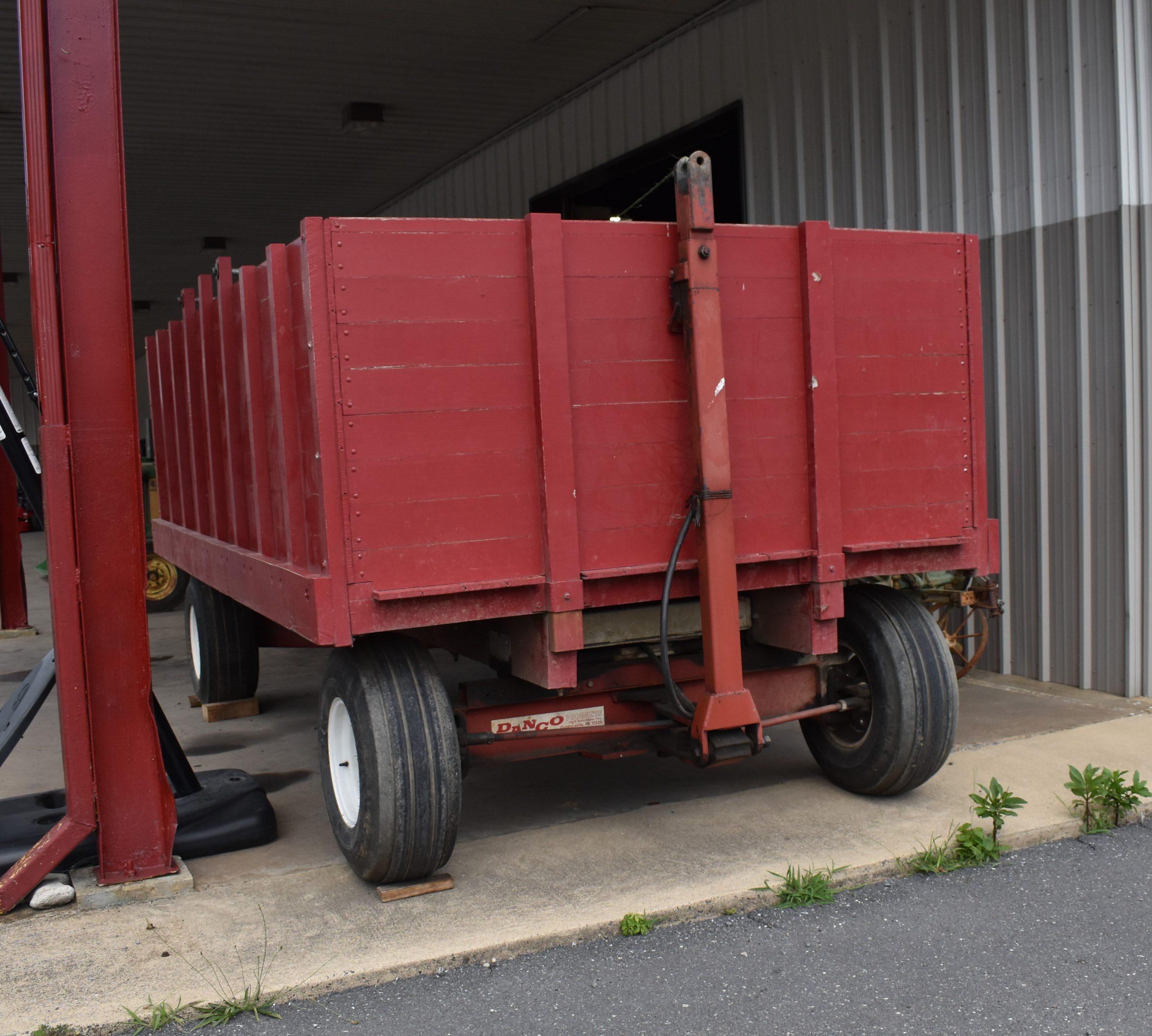 Dump Wagon Image