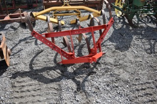 3PT 1 ROW CULTIVATOR Image